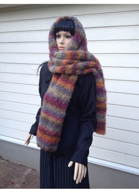 Knitted scarf Comet